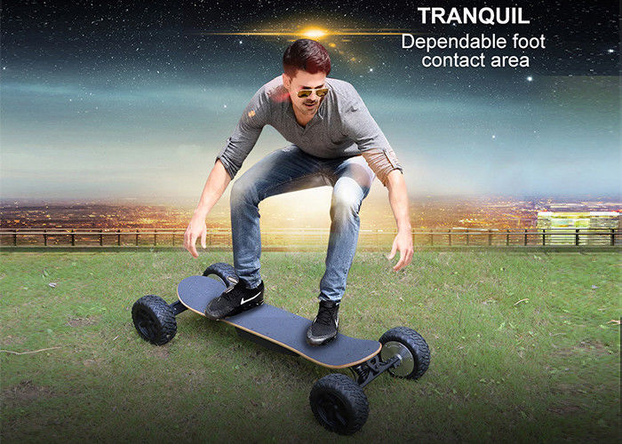 4 Wheel 1000W Carbon Fiber Electric Skateboardreomote Control 30Km Max Mileage